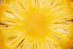 Schließen Sie oben von geschnittener Ananas Stockbild