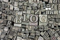 Schließen Sie oben von gesetzten Buchstaben mit dem Wort Blog Lizenzfreie Stockbilder