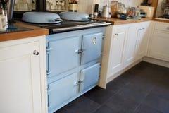 Schließen Sie oben von Oven In Contemporary Family Home Stockbilder