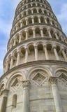 Schließen Sie oben von Pisa-Turm von Santa Maria Assunta-Kathedrale stockbild
