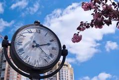 Schließen Sie oben von Roman Numeral Clock Face Stockfoto