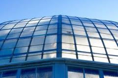 Schließen Sie oben von Spitzen-Windows auf Konservatorium oder Gewächshaus Stockfotos