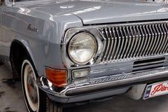 Schließen Sie oben von Weinlese Volga GAZ-24 Motor- Archivbild Stockfoto