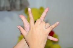 Schließen Sie sich Händen an Lizenzfreie Stockfotografie
