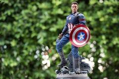 Schlie?en Sie oben von Kapit?n America Civil War superheros Zahl actio lizenzfreies stockbild