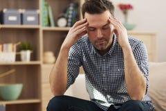 Schlimme Kopfschmerzen Lizenzfreie Stockbilder