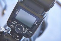 Schlittenblitz für SLR-Kamera Lizenzfreie Stockfotos