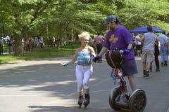 Schlittschuhläufer in Central Park NYC Lizenzfreie Stockfotos