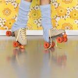 Schlittschuhläufer-Mädchen-Moderochenschuhe! Lizenzfreies Stockfoto