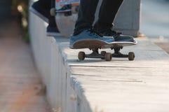 Schlittschuhläuferjungen-Fußnahaufnahme Lizenzfreies Stockfoto
