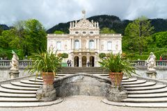 Schloss在德国- Linderhof宫殿 免版税库存照片