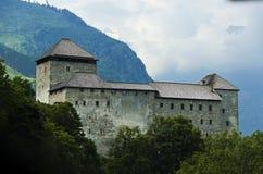 Schloss in Österreich lizenzfreie stockfotos