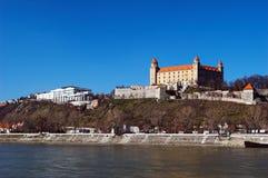 Schloss auf Fluss Lizenzfreies Stockbild