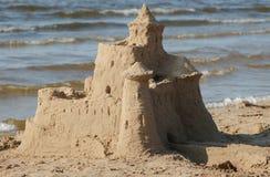 Schloss auf Sand Lizenzfreie Stockbilder