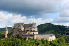 Schloss aufgestellt in Vianden, Luxemburg, Europa Stockbilder