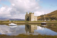 Schloss bei Lochranza in Schottland Stockfoto