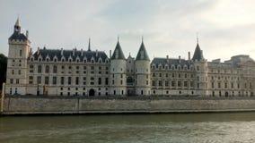 Schloss Conciergerie - ehemaliger königlicher Palast und Gefängnis, Paris, Frankreich stockbild