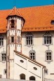 Schloss de Hohes, castillo en el medio de Fussen, montañas bávaras Imagen de archivo libre de regalías