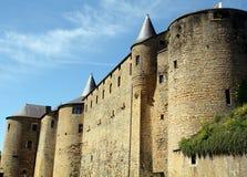 Schloss in den Limousinen Stockfotografie
