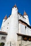 Schloss der Schweizer Stadt Thun am See stockbild