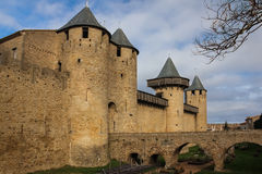 Schloss der Zählungen Carcassonne frankreich lizenzfreies stockfoto