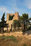 Schloss in einem katalanischen villlage Stockbild
