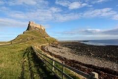 Schloss in heiliger Insel lizenzfreie stockfotografie
