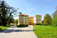 Schloss im Park Stockfotografie