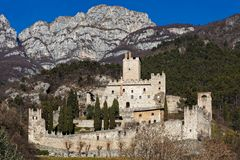 Schloss in Italien lizenzfreie stockfotos