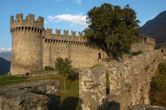 Schloss Montebello in Bellinzona stockbild