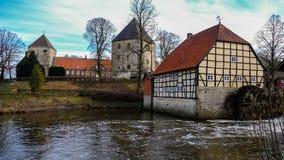 Schloss Rheda - Rheda-Wiedenbrà ¼ ck, Kreis Gà ¼tersloh, Nordrheinwestfalen, Deutschland/Tyskland Royaltyfria Bilder