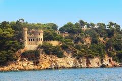 Schloss Sant Joan in der Costa Brava stockfotografie