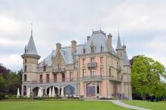 Schloss Schadau och trädgård Schweiz - 23 juli 2017 Arkivbilder