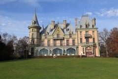 Schloss Schadau y jardín Fotografía de archivo libre de regalías