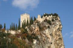 Schloss in See Garda Stockbild