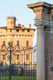 Schloss-Spalten-Eingang Lizenzfreies Stockfoto