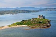 Schloss Tioram, Lochaber, Hochländer, Schottland Lizenzfreies Stockfoto
