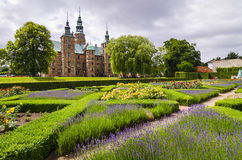 Schloss in Tivoli-Gärten Stockbild