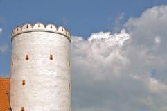 Schloss und Wolken stockfotografie