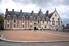Schloss von Blois an einem bewölkten Tag, Loire Valley Stockfotos
