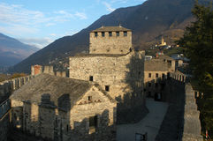Schloss von Montebello am Bellinzona-UNESCO-Welterbe Stockbild