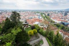 Schlossberg de visita Graz, capital de Styria Foto de Stock