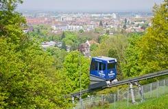 Schlossbergbahn - bergbana i Freiburg im Breisgau Arkivbild