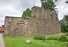Schlossruinen in Valmiera lettland stockfoto