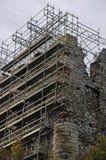 Schlossruinen während der Erneuerung Stockfotos