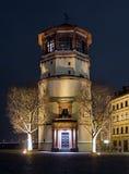 Schlossturm in nachtverlichting, Dusseldorf Royalty-vrije Stock Foto's