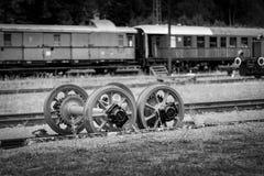 SCHLUCHSEE, ALEMANHA - 19 DE JULHO DE 2018: Estação de caminhos-de-ferro de Schluchsee dentro imagens de stock royalty free