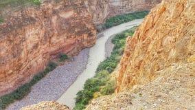 Schlucht in der Wüste Stockbilder