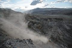 Schlucht nach dem enormen Erdbeben Lizenzfreie Stockfotos
