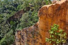 Schluchthügel in ländlichem Thailand Stockfotos